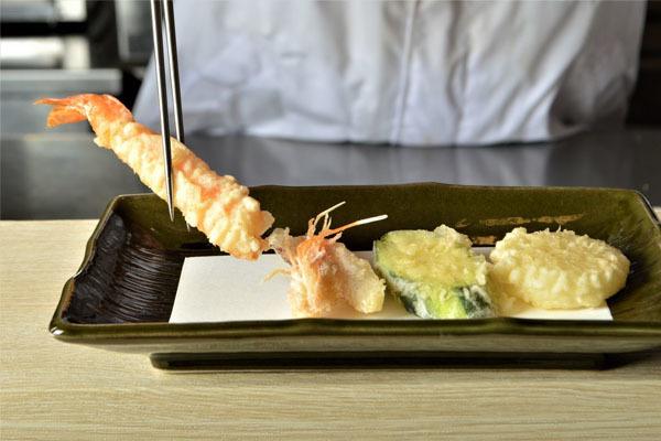 天ぷら お食事処 まつ葉