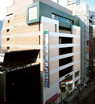 新宿NOWA
