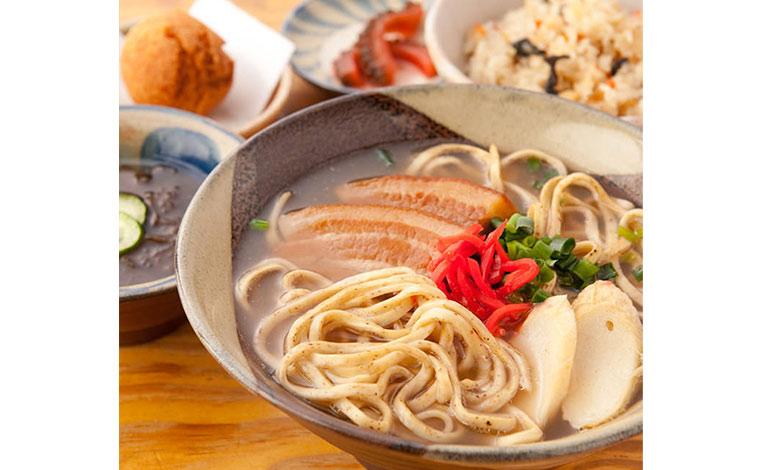 『東京うりずん』(沖縄料理)